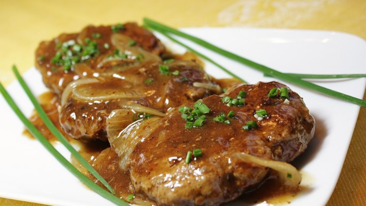 Hamburger Steak with Onions and Gravy  Hamburger Steak with Onions and Gravy CFM Hamburger Steak with Onions and Gravy
